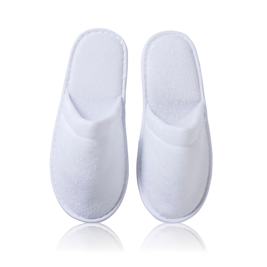 INTERMARKET SLIPPERS CLOSED FRONT